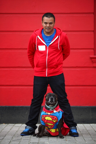 Owner「Owners Enter Their Dogs In To The Sci-fi Dogs Parade」:写真・画像(16)[壁紙.com]