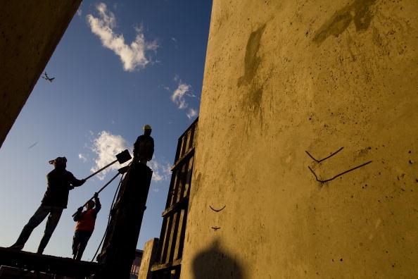 Cement「Kabul Blast Wall Business Thrives As Security Worsens」:写真・画像(7)[壁紙.com]