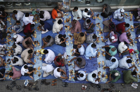 Francois Nel「Iftar In Dubai」:写真・画像(0)[壁紙.com]