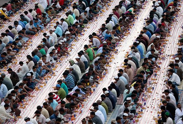 Francois Nel「Holy Month of Ramadan in UAE」:写真・画像(18)[壁紙.com]