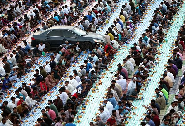 Francois Nel「Holy Month of Ramadan in UAE」:写真・画像(5)[壁紙.com]