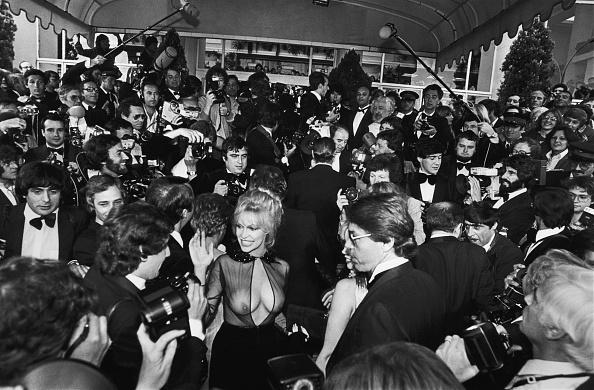 ドレス「Bobbie Bresee Arrives at the Cannes Film Festival」:写真・画像(14)[壁紙.com]