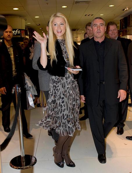 Fragrance Launch「The Hilton family in Dublin, Ireland」:写真・画像(8)[壁紙.com]
