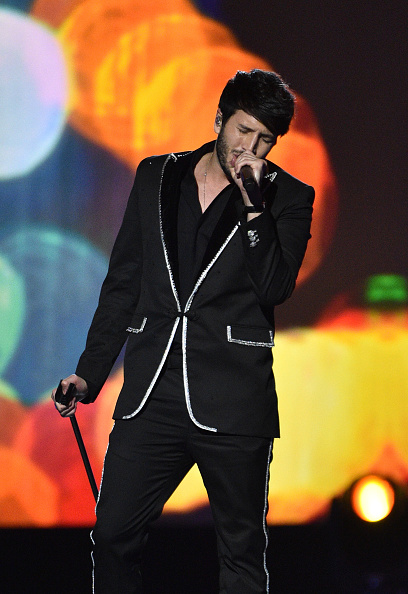 Sebastián Yatra「The 20th Annual Latin GRAMMY Awards – Person Of The Year Gala – Show」:写真・画像(16)[壁紙.com]