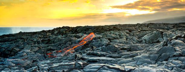Fresh lava on rocks at sunset:スマホ壁紙(壁紙.com)