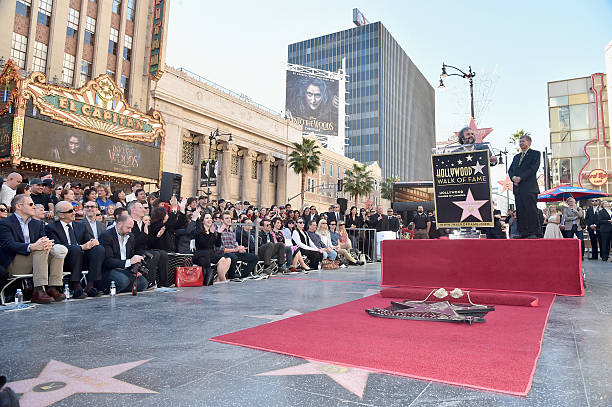 Sir Peter Jackson Honored On The Hollywood Walk Of Fame:ニュース(壁紙.com)