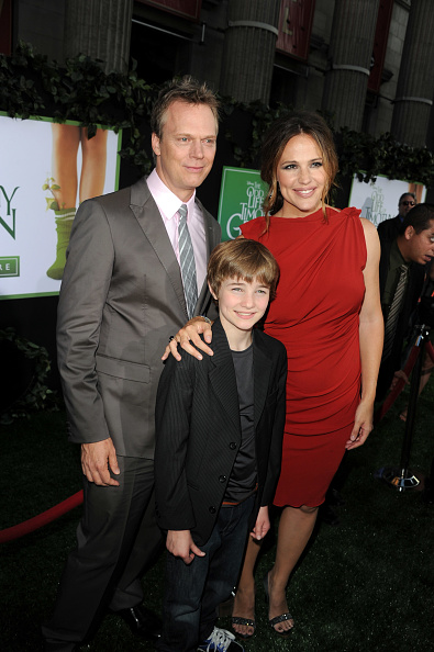 "El Capitan Theatre「Premiere Of Walt Disney Pictures' ""The Odd Life Of Timothy Green"" - Red Carpet」:写真・画像(15)[壁紙.com]"
