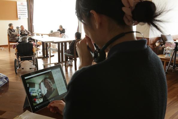 千葉県「Japan's Nursing Home Seeks Help From Humanoids」:写真・画像(15)[壁紙.com]