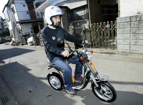 Lithium「Japanese Man Plans World Trip On Zero-Emission Electric Scooter」:写真・画像(17)[壁紙.com]