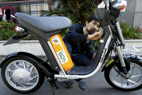 Lithium「Japanese Man Plans World Trip On Zero-Emission Electric Scooter」:写真・画像(16)[壁紙.com]