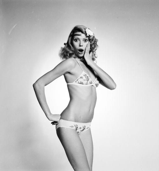 Lingerie「Underwear Model」:写真・画像(7)[壁紙.com]