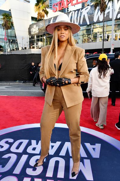 Beige「2019 American Music Awards - Red Carpet」:写真・画像(12)[壁紙.com]