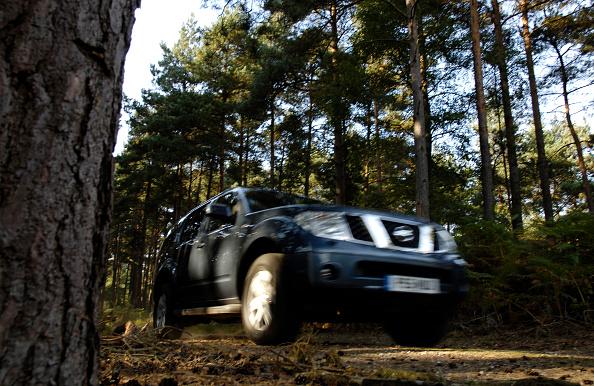 Extreme Terrain「2005 Nissan Pathfinder 2.5 Tspec dci」:写真・画像(10)[壁紙.com]