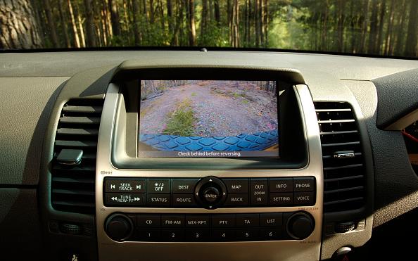 Dirt Road「2005 Nissan Pathfinder 2.5 Tspec dci」:写真・画像(12)[壁紙.com]