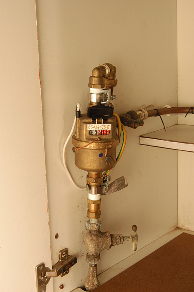 Architectural Feature「A domestic water meter in a cupboard」:写真・画像(4)[壁紙.com]