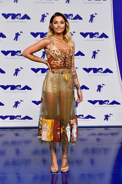 Strap「2017 MTV Video Music Awards - Arrivals」:写真・画像(18)[壁紙.com]