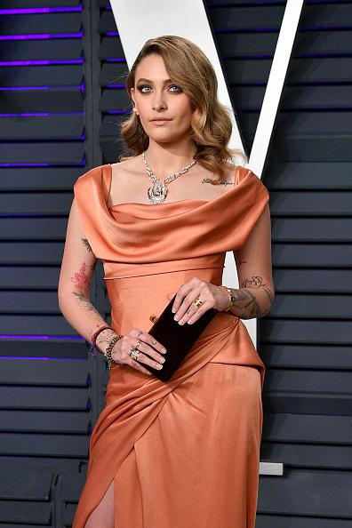 Necklace「2019 Vanity Fair Oscar Party Hosted By Radhika Jones - Arrivals」:写真・画像(7)[壁紙.com]