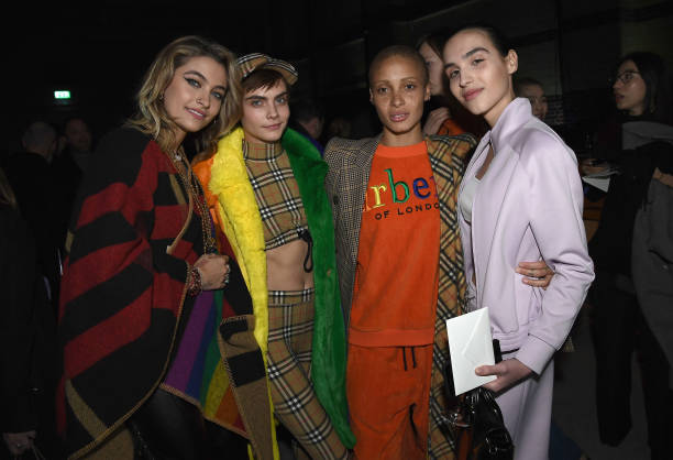London Fashion Week「Burberry February 2018 Show」:写真・画像(14)[壁紙.com]