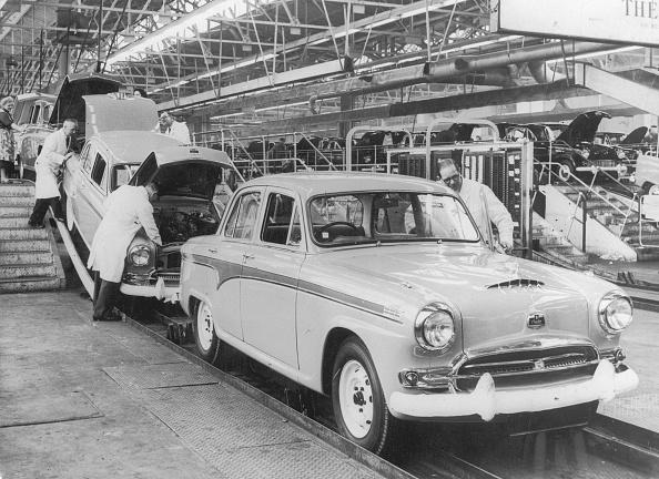 1950-1959「Austins Inspected」:写真・画像(2)[壁紙.com]