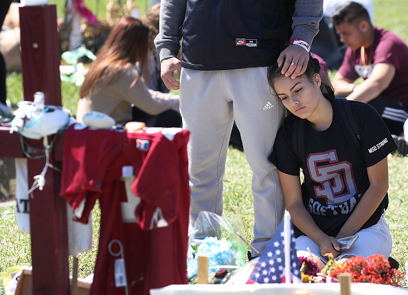 Mass Shooting「Across U.S., Students Walk Out Of Schools To Address School Safety And Gun Violence」:写真・画像(5)[壁紙.com]