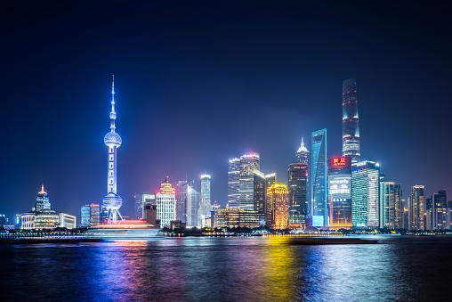 Neon「上海の夜景」:スマホ壁紙(19)