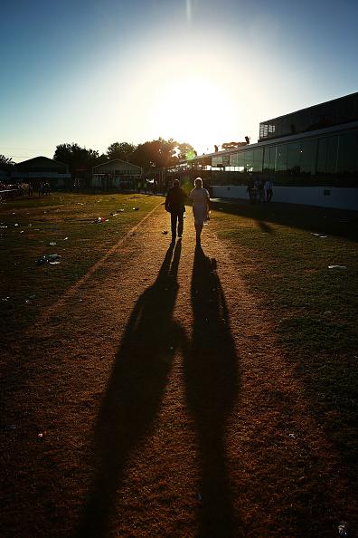 Scott Barbour「Revellers Enjoy Stakes Day Festivities」:写真・画像(16)[壁紙.com]