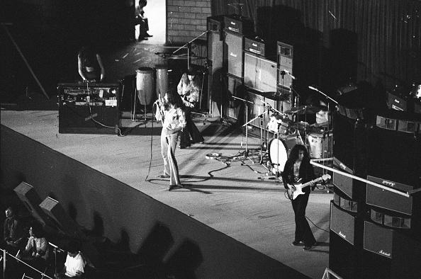 紫「Deep Purple At Nippon Budokan」:写真・画像(13)[壁紙.com]