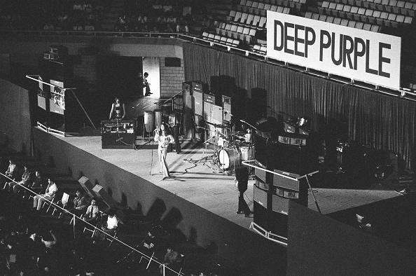 Purple「Deep Purple At Nippon Budokan」:写真・画像(3)[壁紙.com]