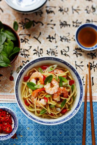 Mint Leaf - Culinary「prawn noodles with mint and chilli」:スマホ壁紙(11)