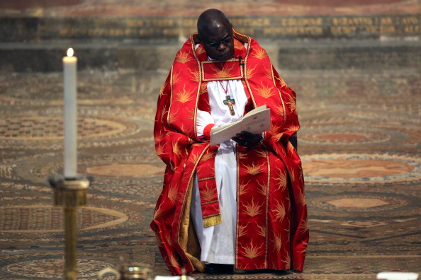 John Sentamu「The Queen Attends The Ninth Inauguration Of The General Synod」:写真・画像(18)[壁紙.com]