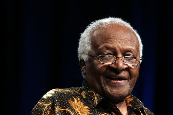 Davie - Florida「Desmond Tutu Speaks At A University In Florida」:写真・画像(6)[壁紙.com]