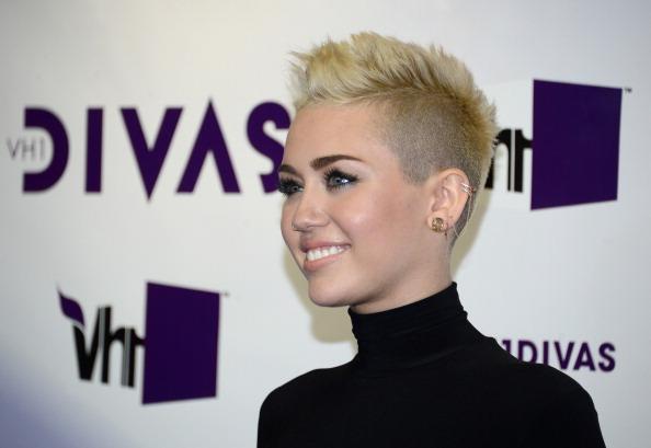 サイド刈り上げ「'VH1 Divas' 2012 - Arrivals」:写真・画像(17)[壁紙.com]
