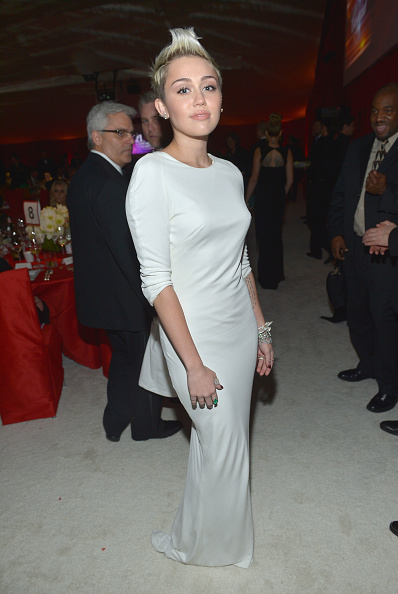 Azzaro - Designer Label「Neuro At 21st Annual Elton John AIDS Foundation Academy Awards Viewing Party」:写真・画像(2)[壁紙.com]