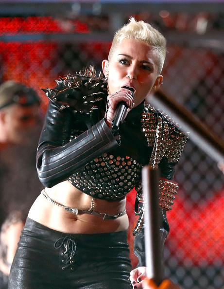 "Cropped Jacket「""VH1 Divas"" 2012 - Show」:写真・画像(19)[壁紙.com]"