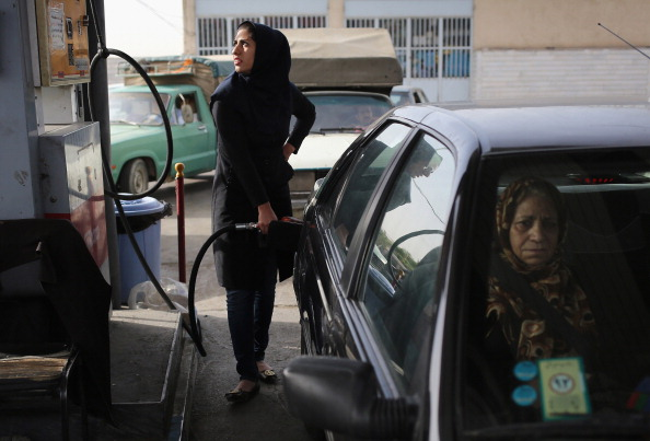 Garage「A Trip Through The Heart Of Central Iran 25 Years After Khomeini's Death」:写真・画像(16)[壁紙.com]
