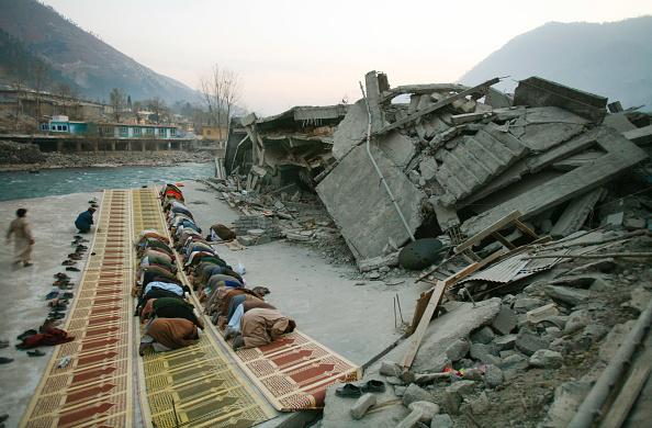 Indian Subcontinent Ethnicity「Winter Challenges Quake Survivors in Kashmir」:写真・画像(19)[壁紙.com]