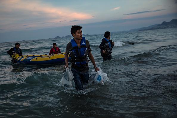 ビーチ「Migrants Continue To Arrive On Greek Island Of Kos」:写真・画像(4)[壁紙.com]
