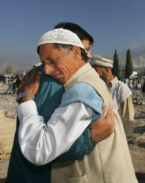Earthquake Victims Celebrate Eid-Ul-Fitr:ニュース(壁紙.com)