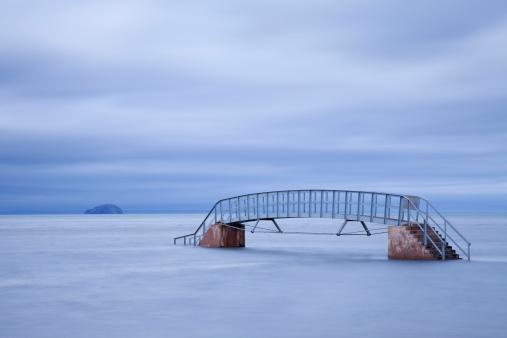 East Lothian「Bridge to nowhere.」:スマホ壁紙(14)