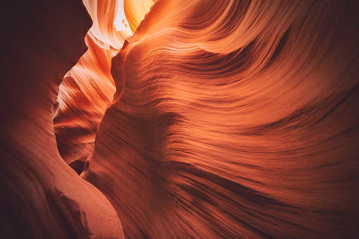 Eroded「Lower Antelope Canyon, Arizona」:スマホ壁紙(4)