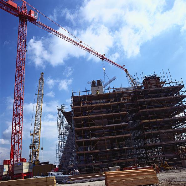 Slanted「Scaffold on viaduct construction site」:写真・画像(6)[壁紙.com]