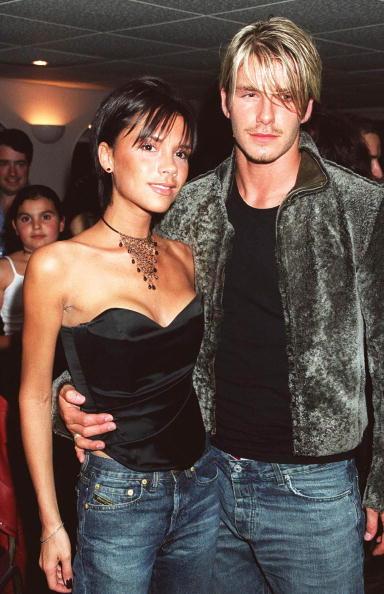 1990-1999「Victoria Adams & David Beckham, Backstage After Whitney Houston Concert, At Wembley Arena, London」:写真・画像(4)[壁紙.com]