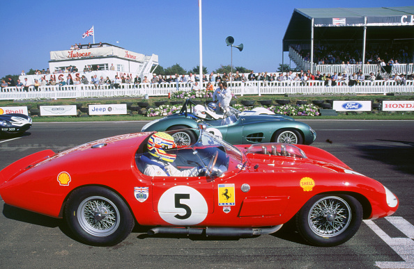 Journey「Ferrari on starting grid.1998 Goodwood revival」:写真・画像(1)[壁紙.com]