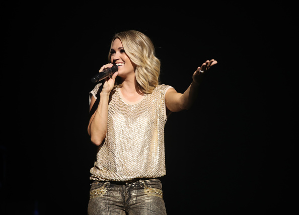 Carrie Underwood「American Airlines and Mastercard Present Carrie Underwood at The Orpheum Theatre in Los Angeles」:写真・画像(18)[壁紙.com]