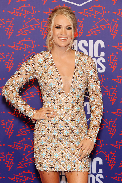 Carrie Underwood「2019 CMT Music Awards - Arrivals」:写真・画像(16)[壁紙.com]