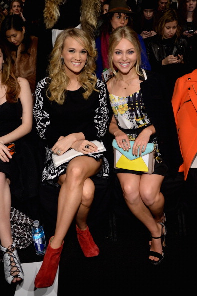 AnnaSophia Robb「Rebecca Minkoff - Front Row - Mercedes-Benz Fashion Week Fall 2014」:写真・画像(15)[壁紙.com]
