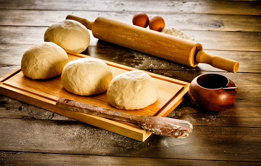 Bun - Bread「Artisanal Bakery: Dough making ingredients and utensils」:スマホ壁紙(17)