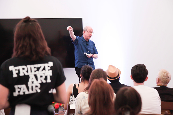 ピューリッツァー賞「Jerry Saltz, Pulitzer Prize-Winning New York Magazine Senior Art Critic, Gives A Talk At The 2018 Frieze Art Fair」:写真・画像(3)[壁紙.com]