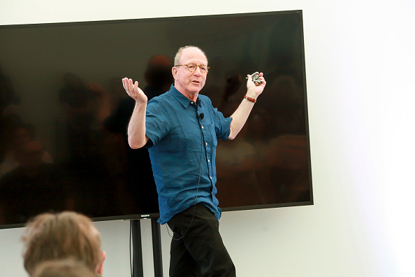 ピューリッツァー賞「Jerry Saltz, Pulitzer Prize-Winning New York Magazine Senior Art Critic, Gives A Talk At The 2018 Frieze Art Fair」:写真・画像(8)[壁紙.com]