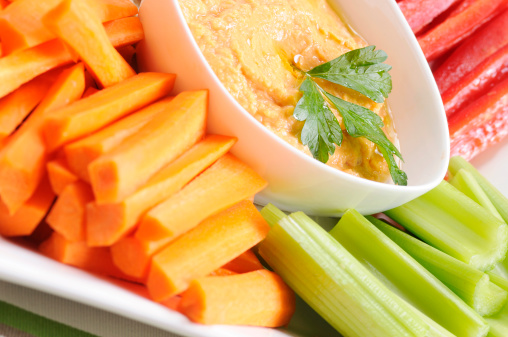 Celery「Clean Eating Series: Fresh Veggies and Red Pepper Hummus」:スマホ壁紙(6)